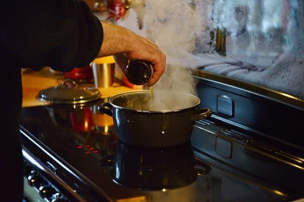 cocinar genera humedad